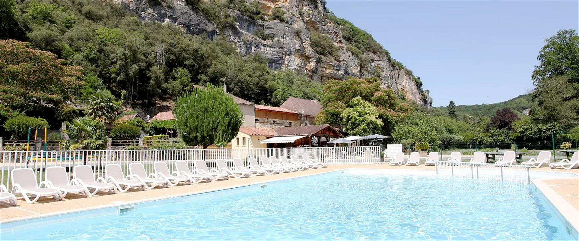 Mentions legales du camping 3 etoiles la plage camping for Camping dordogne sarlat avec piscine
